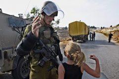 دختر-بچه-فلسطینیwww.araas-1