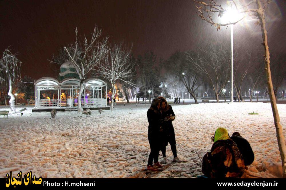 بارش برف در زرین شهر