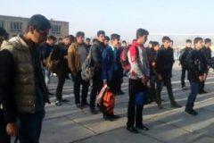 دانش آموزان مدرسه اصفهان